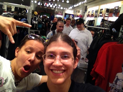 shayna roxy selfie