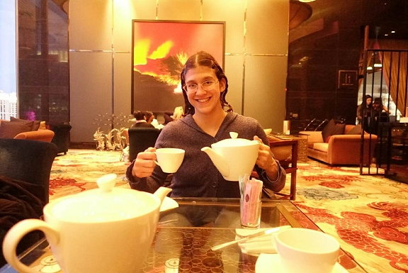 roxy tea pot tynan