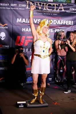 weigh-in-as-she-ra