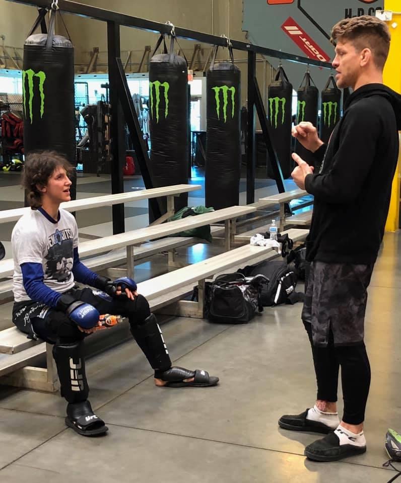 JoJo's UFC fight prep, Sarah K, skinnyjeans, strength